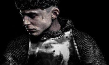 The King, avance.